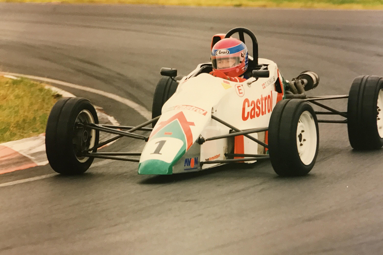 Tommy Schröter vandt Danmarksmesterskabet i Formel Ford i både 1996 og 1997.
